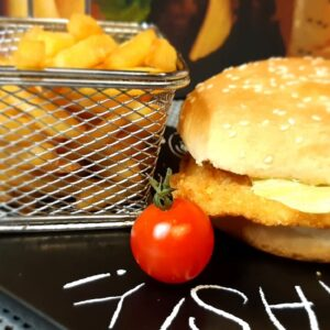 Chicken burger + pomfrit
